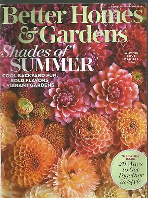 Better Home & Gardens August 2017 The Family Issue/Shades of (Summer 2017 Best Sunglasses)