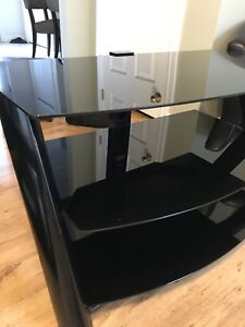3 tiger glass tv stand