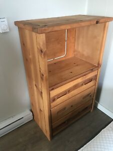 Selling a solid wood dresser