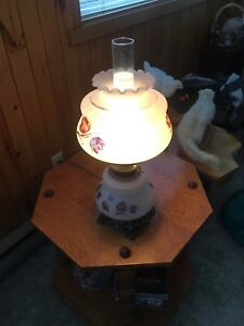 Lampe de chevet antique