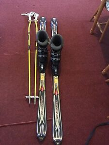Skis with boots and poles, snow chains and snowboarding boots Marysville Murrindindi Area Preview