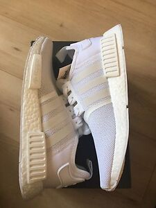 Adidas nmd r1 all white - deadstock - size 9