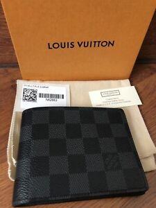 Louis Vuitton Men Wallet (Authentic)