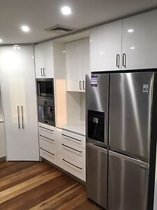 Kitchen 2pac with stone Mermaid Waters Gold Coast City Preview