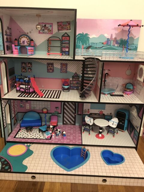 Price Drop New Lol Doll House Exclusive Family Toys