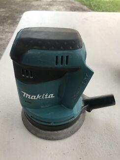 Makita 18v sander near new condition