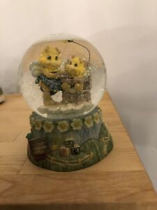 "BOULE A NEIGE - BEE HAPPY ""SWEET AS HONEY"" SNOW GLOBE"