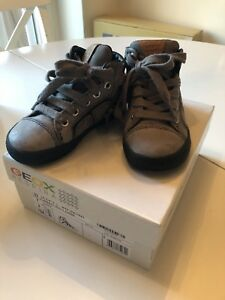 Geox Boys Shoes Toddler size 7 grey leather