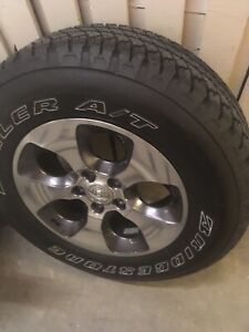 Jeep Wrangler OEM Wheels set 18 inches