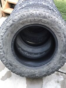 285/65R18 Toyo open country