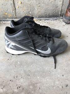 Men's Nike Football Cleats Size 11