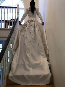 Robe de mariée (grandeur petite)