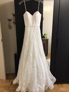 Sweetheart A-Line Brand new wedding dress