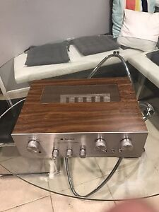 TECHNICS SU-7200 AMPLIFIER Waterford West Logan Area Preview