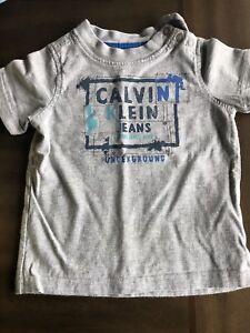 T-Shirts Quicksilver et Calvin Klein 18 mois garçon