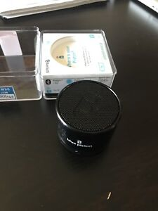Blue piston Bluetooth speaker by logiix
