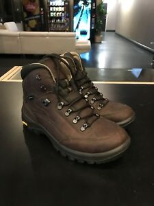 Far West Saanich hiking boot size 9 USED ONCE
