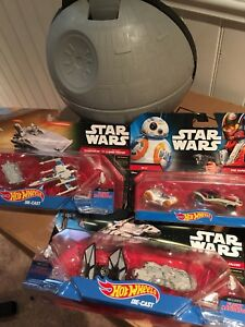 Star wars vehicles and case NEW