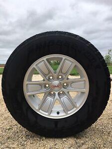 Full set of GMC Sierra 2017 Tires + rims