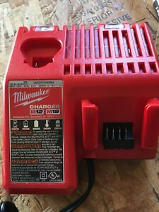 Milwaukee m12/m18 charger