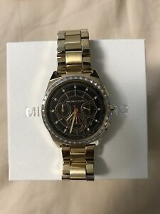 Michael Kors Gold Uni-sex Watch (LINKS INCLUDED)