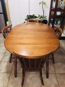 Solid maple wood dining table set with 4 chairs and hutch