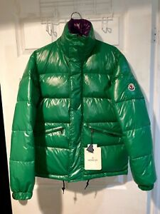 Brand New with tags Moncler (AUTHENTIC)