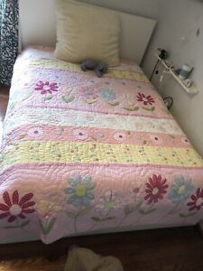 Pottery Barn Kids Quilt Full/Queen Size
