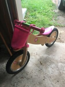 Toddler walking bike