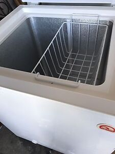 Igloo apt. size freezer for sale, can deliver