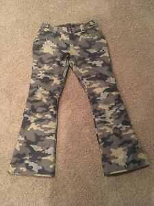 NEW! Oakley slim camo snowboard pants