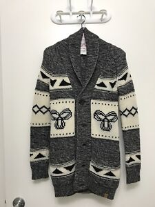 TNA lambs wool Sweater (XS)