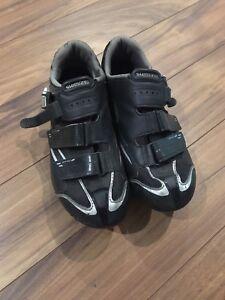Shimano Road bike shoes / chaussures de vélo