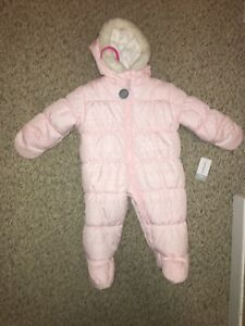 new with tags carter snow suit 12 months