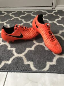 Soccer cleats: Nike Magista. Great condition Size 9.5