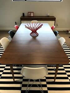 Classic 1968 Honderich Dining Set