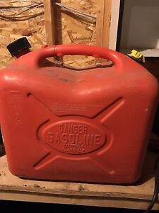 22L jerry can