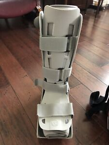 Boot for casted leg (one size)