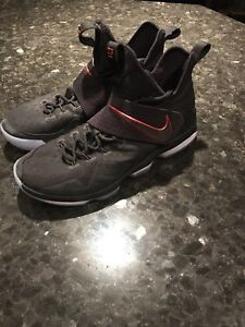 Lebron 14 Basketball Shoes size 10.5