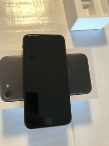 iPhone 7 32gb with original box