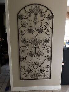 EXTRA LARGE WALL DECORE FROM PIER ONE