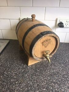 Bench top small wine barrel Endeavour Hills Casey Area Preview