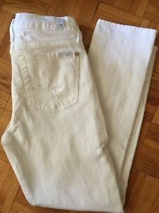 LADIES SEVEN FOR ALL MANKIND WHITE DISTRESSED JEANS