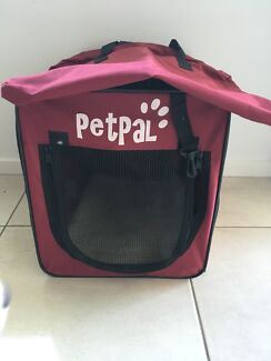 Pet pal travel crate - collapsible sml to med dogs