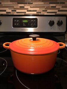 Le Creuset French round oven