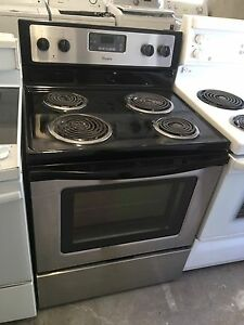 Mint 1.5 year old whirlpool stainless coil top stove