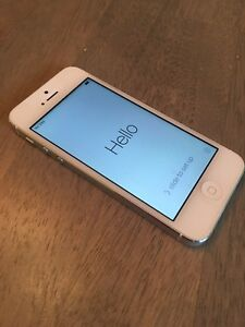 iPhone 5 - white - 16G - Telus