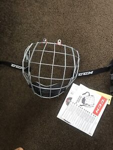 (BRAND NEW) CCM Resistance 300 Hockey Cage