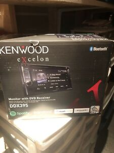 Kenwood Excelon Monitor and DVD Receiver