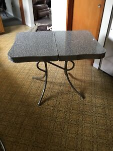 1970's table and chairs